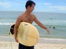 guido_surfista_santo